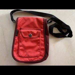 Columbia Azza II Crossbody Bag